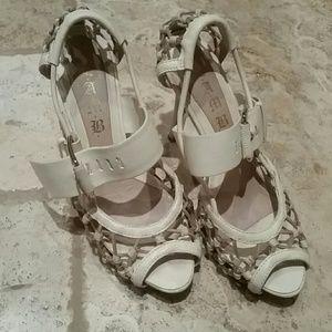 Gorgeous  LAMB heels